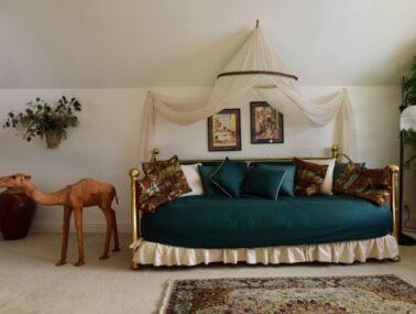 Arabian Nights Suite, A Walk on the Wild Side B&B